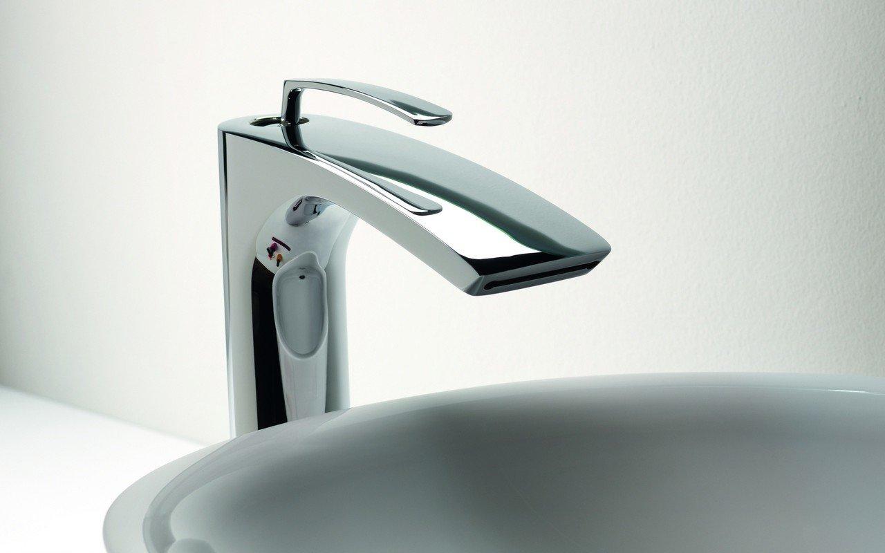 Bollicine 228 Sink Faucet Chrome by Aquatica (web) 02