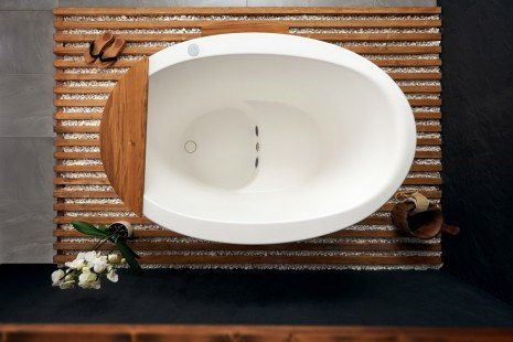 Aquatica True Ofuro Tranquility Heated Japanese Bathtub 02