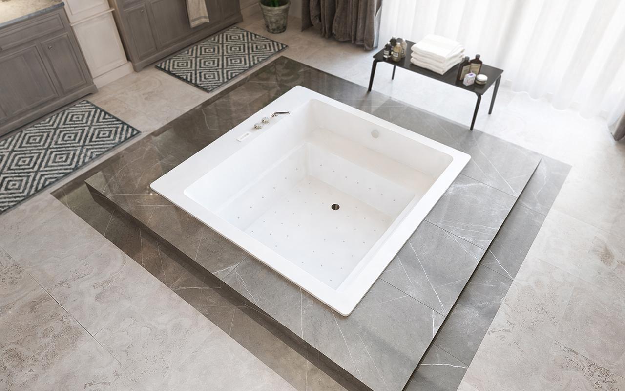 Lacus baignoire encastr e relax hydromassante blanche for Baignoire encastree